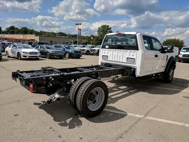 2017 F-550 Super Cab DRW 4x4 Cab Chassis #L34805 - photo 5