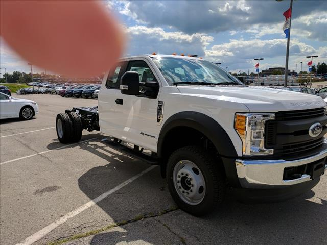 2017 F-550 Super Cab DRW 4x4 Cab Chassis #L34805 - photo 7