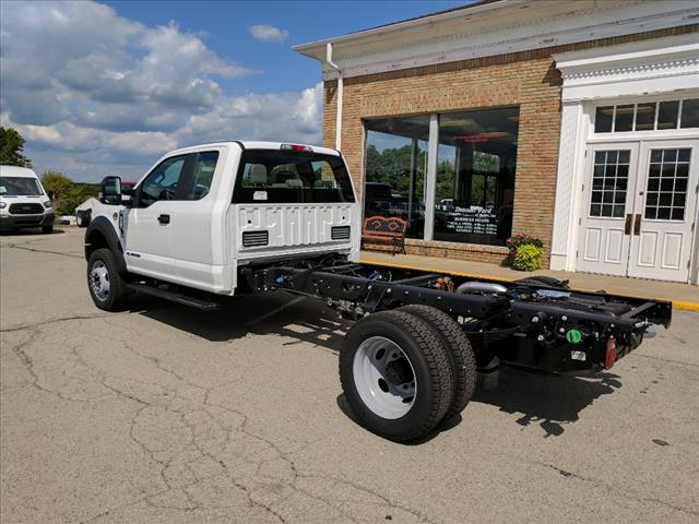 2017 F-550 Super Cab DRW 4x4 Cab Chassis #L34806 - photo 2