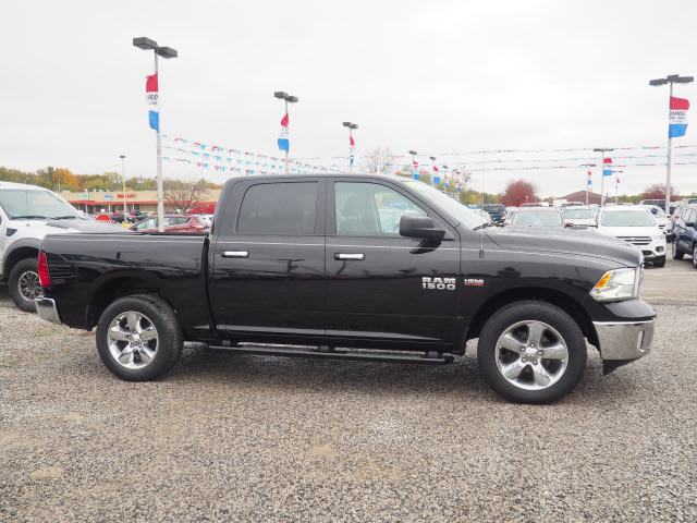 2015 Ram 1500 Crew Cab 4x4, Pickup #LP1736 - photo 5