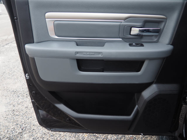 2015 Ram 1500 Crew Cab 4x4, Pickup #LP1736 - photo 28