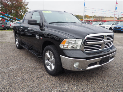 2015 Ram 1500 Crew Cab 4x4, Pickup #LP1736 - photo 4