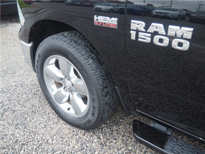 2015 Ram 1500 Crew Cab 4x4, Pickup #LP1736 - photo 29