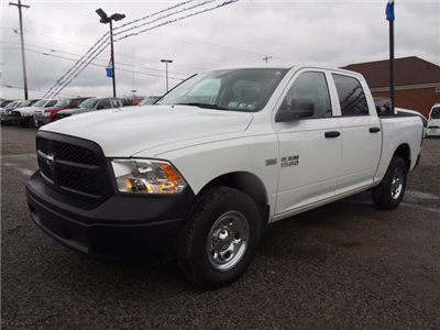 2016 Ram 1500 Crew Cab 4x4,  Pickup #LP1792 - photo 3