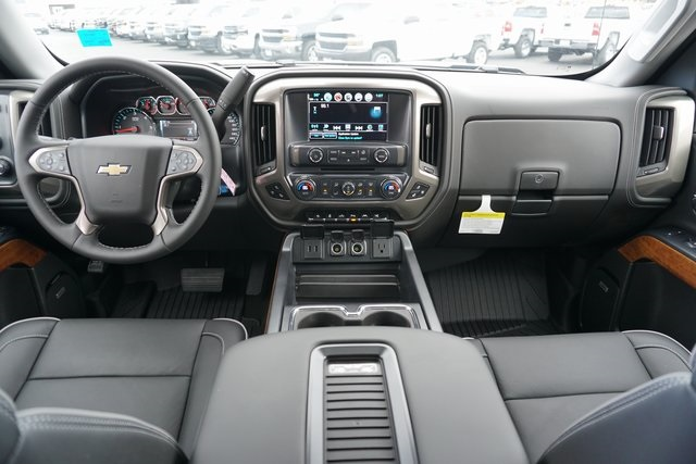 2018 Silverado 1500 Crew Cab 4x4,  Pickup #CC18050 - photo 25