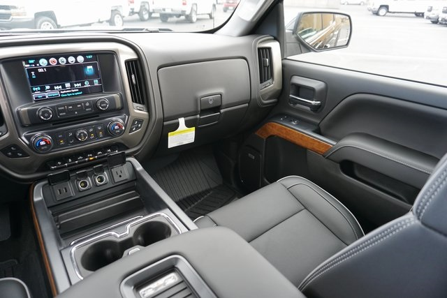 2018 Silverado 1500 Crew Cab 4x4,  Pickup #CC18050 - photo 27