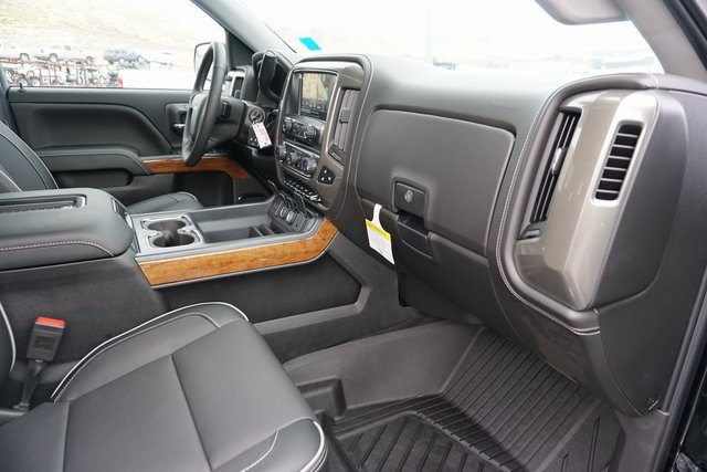 2018 Silverado 1500 Crew Cab 4x4,  Pickup #CC18050 - photo 38