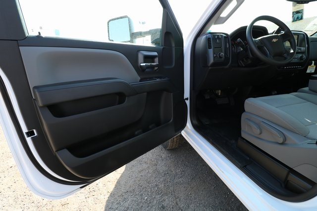 2018 Silverado 3500 Regular Cab DRW 4x4,  Knapheide Service Body #CC18465 - photo 10