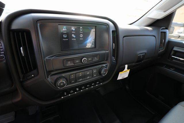 2018 Silverado 3500 Regular Cab DRW 4x4,  Knapheide Service Body #CC18465 - photo 16