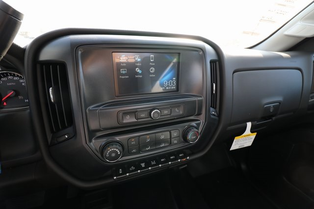 2018 Silverado 3500 Regular Cab DRW 4x4,  Knapheide Contractor Body #CC18469 - photo 18