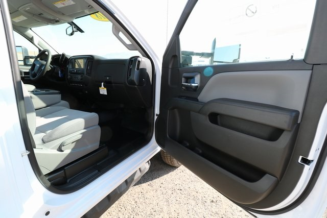 2018 Silverado 3500 Regular Cab DRW 4x4,  Knapheide Contractor Body #CC18469 - photo 25