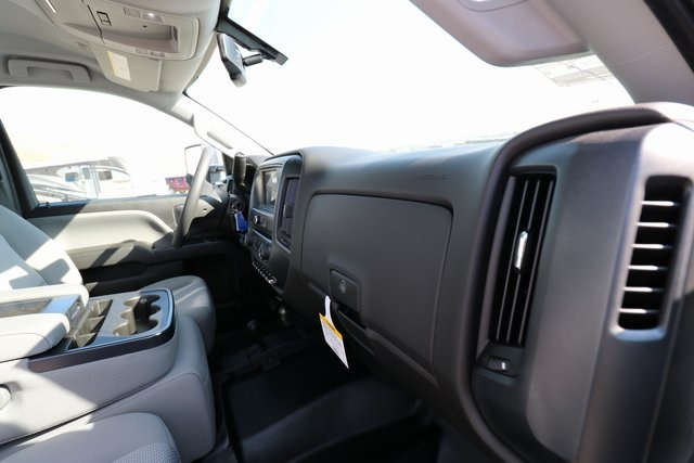 2018 Silverado 3500 Regular Cab DRW 4x4,  Knapheide Contractor Body #CC18469 - photo 27