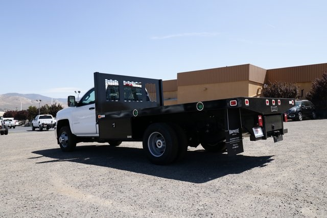 2018 Silverado 3500 Regular Cab DRW 4x4,  Knapheide Platform Body #CC18511 - photo 2
