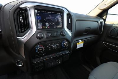 2019 Silverado 1500 Crew Cab 4x4,  Pickup #CC19053 - photo 17