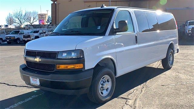 2020 Chevrolet Express 3500 4x2, Passenger Wagon #FCC20131 - photo 1