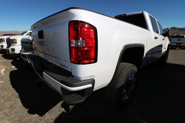 2019 Sierra 2500 Crew Cab 4x4,  Pickup #GG19111 - photo 3
