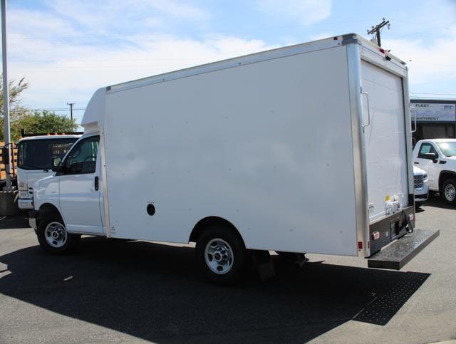 2020 GMC Savana 3500 4x2, Supreme Spartan Cargo Cutaway Van #T49501 - photo 4