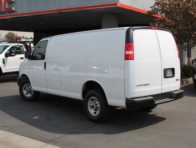 2020 GMC Savana 2500 4x2, Harbor Upfitted Cargo Van #T49800 - photo 4