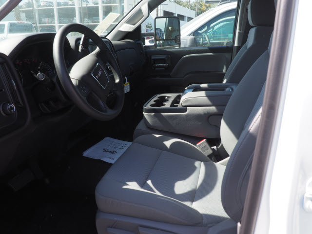 2019 Sierra 2500 Extended Cab 4x2, Harbor TradeMaster Service Body #23570 - photo 6