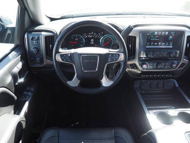 2018 GMC Sierra 1500 Crew Cab 4x4, Pickup #48946A - photo 5