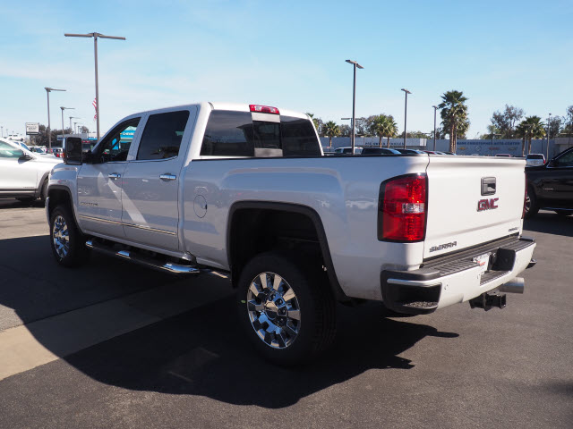2018 Sierra 2500 Crew Cab 4x4, Pickup #46221 - photo 2