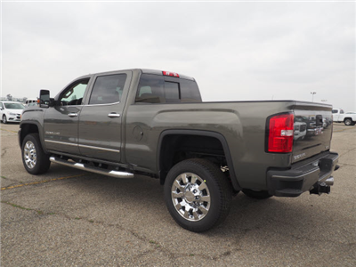 2018 Sierra 2500 Crew Cab 4x4,  Pickup #46274 - photo 2