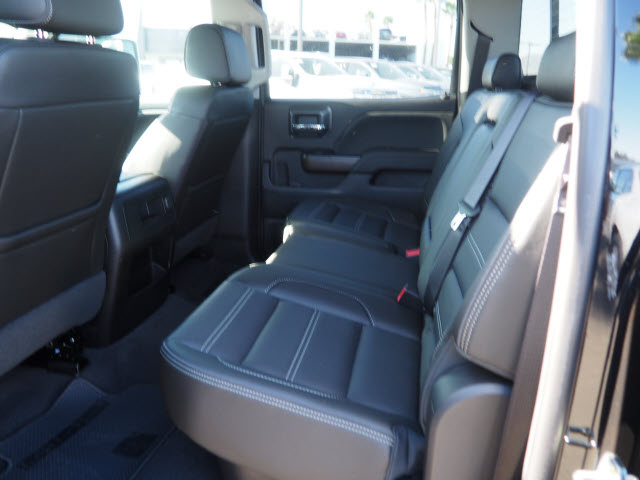 2019 Sierra 2500 Crew Cab 4x4, Pickup #47763 - photo 5