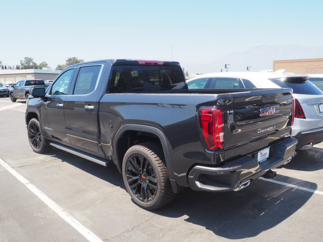 2020 GMC Sierra 1500 Crew Cab 4x4, Pickup #48230 - photo 11