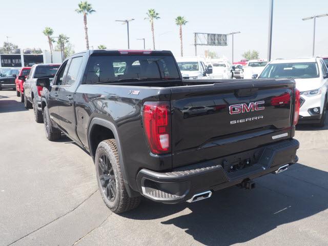 2020 GMC Sierra 1500 Crew Cab 4x4, Pickup #48450 - photo 2