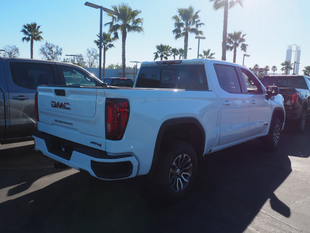 2021 GMC Sierra 1500 Crew Cab 4x4, Pickup #48725 - photo 1