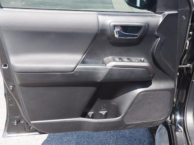 2017 Toyota Tacoma Double Cab 4x4, Pickup #48948A - photo 20