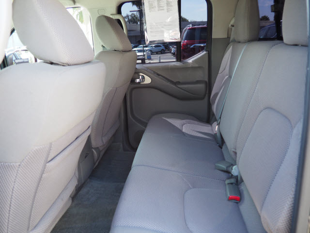 2016 Frontier Crew Cab 4x2,  Pickup #60976A - photo 16