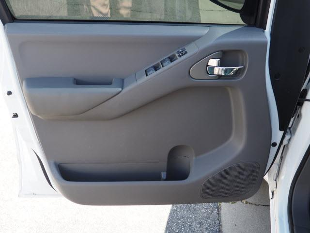 2012 Frontier Crew Cab 4x2,  Pickup #61352A - photo 18