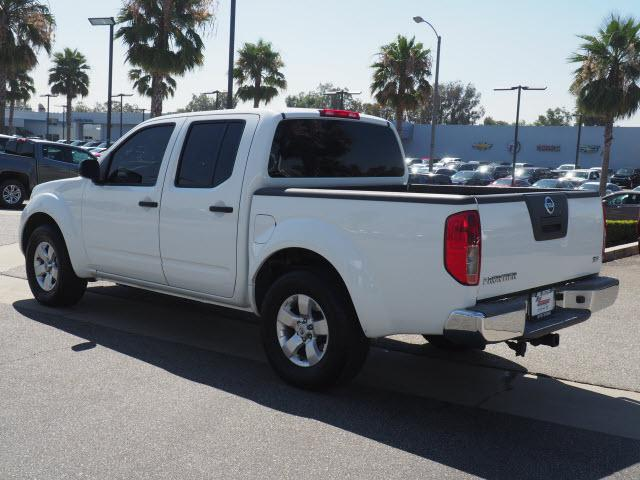 2012 Frontier Crew Cab 4x2,  Pickup #61352A - photo 3