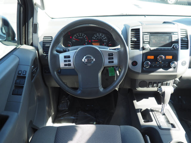 2016 Nissan Frontier Crew Cab 4x2, Pickup #64360A - photo 10