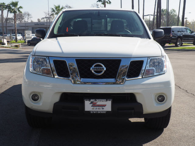 2016 Nissan Frontier Crew Cab 4x2, Pickup #64360A - photo 2