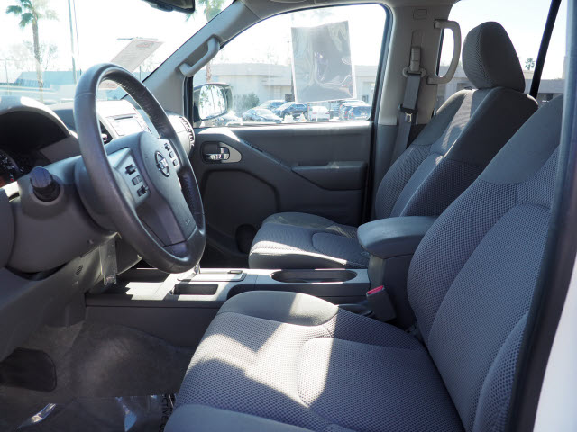 2016 Nissan Frontier Crew Cab 4x2, Pickup #64360A - photo 23