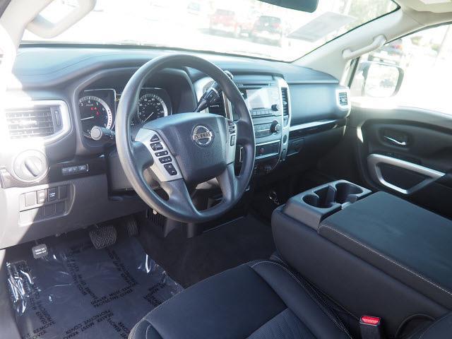2018 Nissan Titan Crew Cab 4x4, Pickup #64941A - photo 19