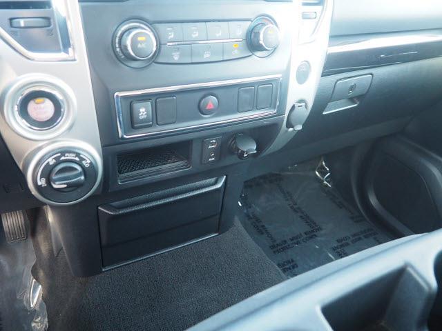 2018 Nissan Titan Crew Cab 4x4, Pickup #64941A - photo 8