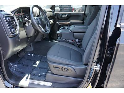 2020 Chevrolet Silverado 1500 Crew Cab 4x2, Pickup #1472 - photo 14