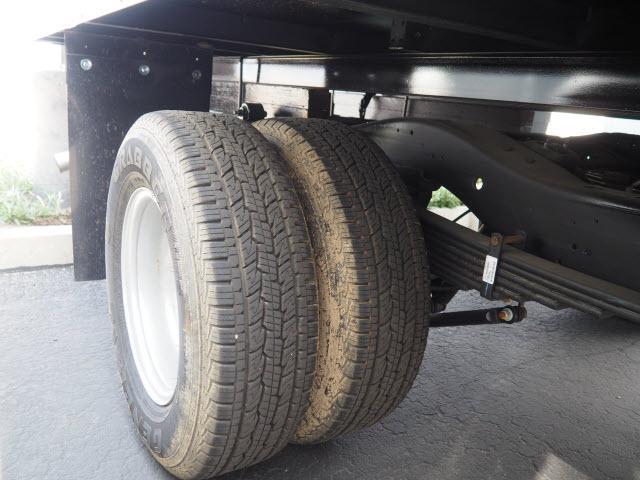 2018 Express 4500 4x2,  Morgan Parcel Aluminum Cutaway Van #23655 - photo 6