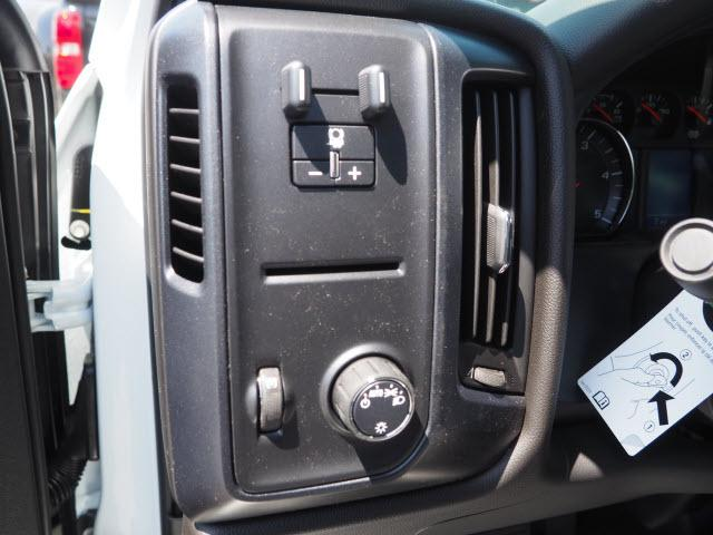 2019 Silverado 2500 Crew Cab 4x2,  Pickup #23710 - photo 7