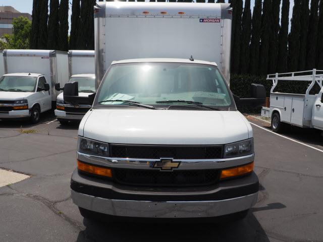 2019 Express 3500 4x2, Morgan Parcel Aluminum Cutaway Van #23716 - photo 3
