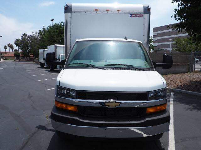 2019 Express 4500 4x2,  Morgan Parcel Aluminum Cutaway Van #23741 - photo 3