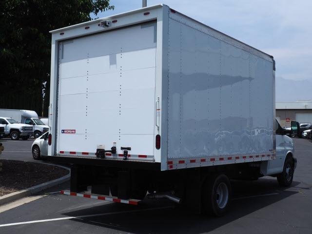 2019 Express 4500 4x2,  Morgan Parcel Aluminum Cutaway Van #23741 - photo 2