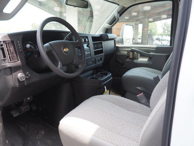 2019 Express 4500 4x2,  Morgan Parcel Aluminum Cutaway Van #23771 - photo 9