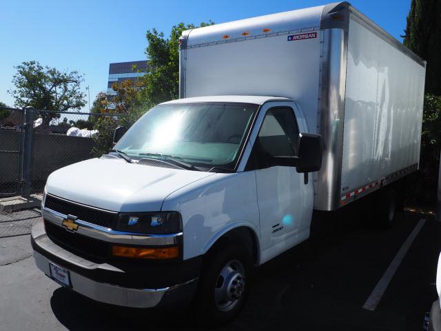 2019 Express 4500 4x2,  Morgan Parcel Aluminum Cutaway Van #23773 - photo 10