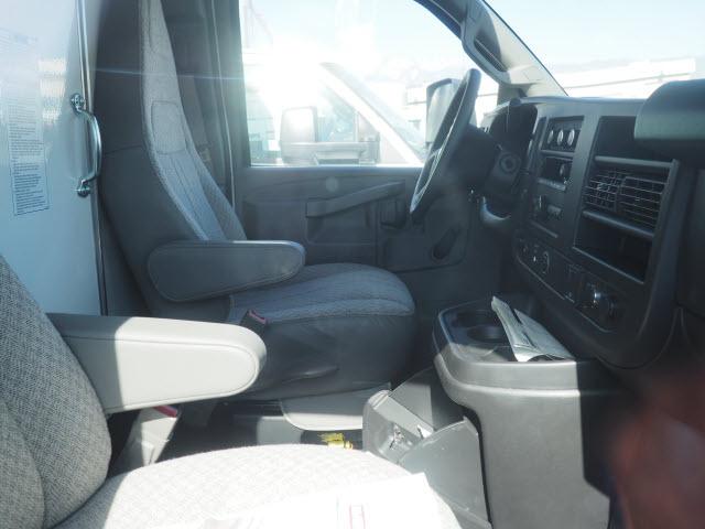 2019 Express 4500 4x2,  Morgan Parcel Aluminum Cutaway Van #23773 - photo 5