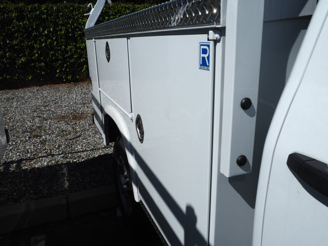 2019 Silverado 2500 Double Cab 4x2, Royal Service Body #23870 - photo 6