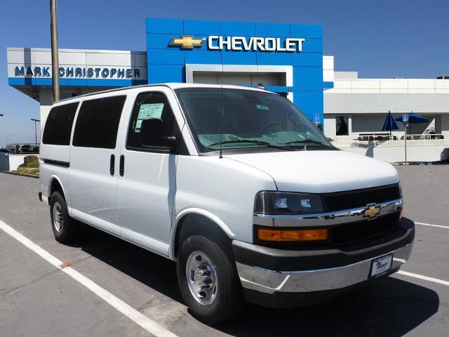 2020 Chevrolet Express 3500 4x2, Passenger Wagon #24027 - photo 1
